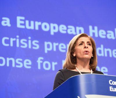 Bruselas busca más competencias y menos escasez de medicamentos ante futuras pandemias