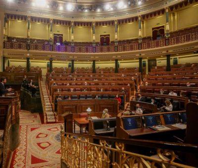 El Gobierno acuerda con ERC y Junts que la asignatura de Valores Cívicos incluya «el papel social de los impuestos»